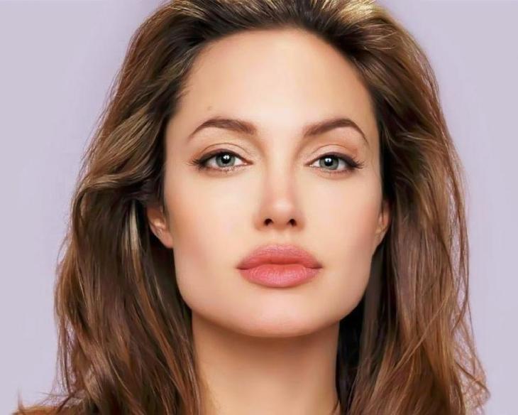 Анджелина Джоли – один из идеалов женской красоты
